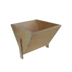 wooden-funnel-for-frame-feeder