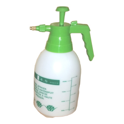 2-liter-spray-bottle