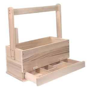 beekeeper-tools-wooden-transport-box