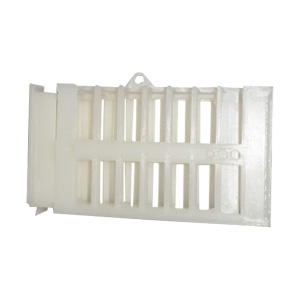 eco-plastic-cage-enclose-queens