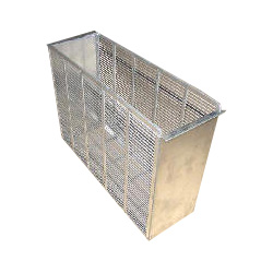 metal-queen-excluder-box