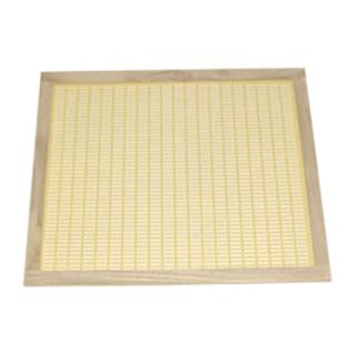 marco-de-madera-para-rejillas-de-plastico